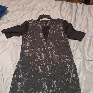 Black dress size XSzipper detail